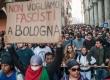 8-11-2015 Bologna. Contestazione a Salvini sul ponte, cariche e corteo. Foto Michele Lapini/Eikon