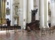 14-03-2020. Bologna, via marsala. Dentro la chiesa in via marsala fedeli pregano a distanza di sicurezza. Foto Michele Lapini/eikon