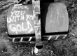 Graffiti-against-the-gold-mines-in-Ouranopoli-2